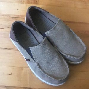 Boys crocs loafers size 3